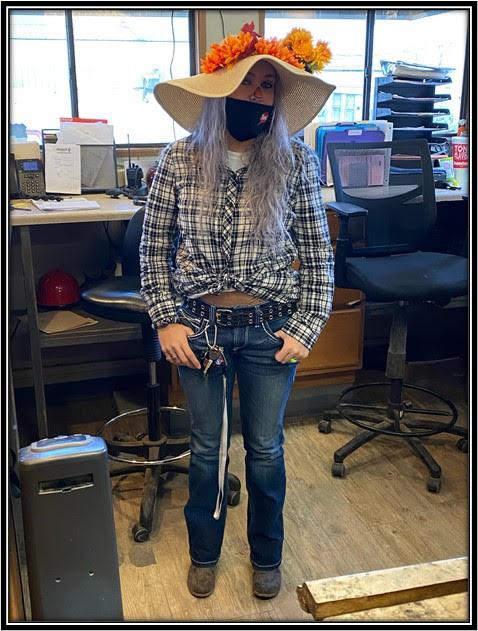 Sydney Hooper as a Scarecrow